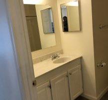 2 Bedroom 1 Bathroom apt in 8 plex